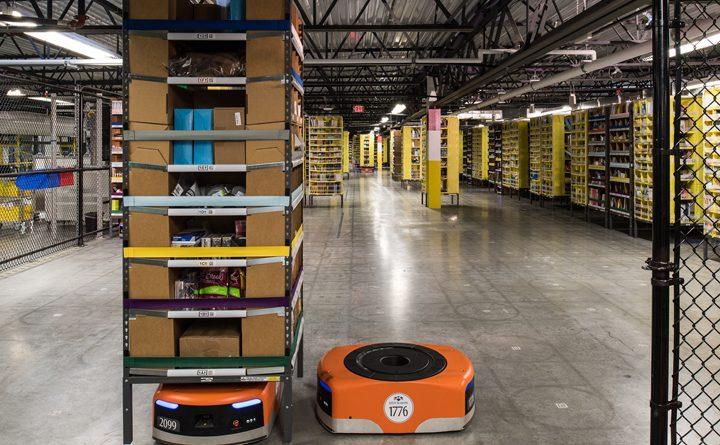 робот на складі Amazon