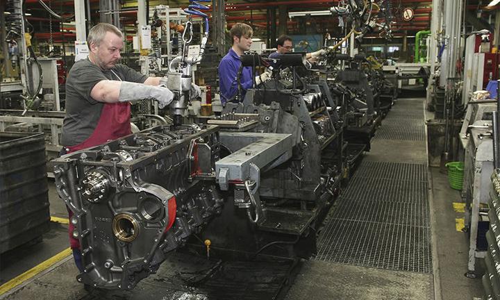 занятость на автомобильных заводах