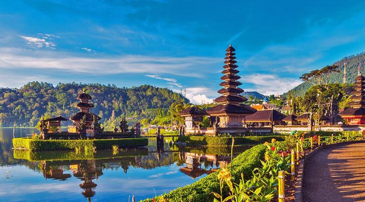 податок з туристів на Балі