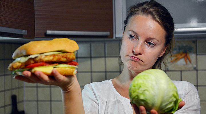 неправильне харчування або продовження життя