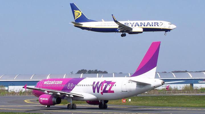 лоукостеры Wizz Air і Ryanair