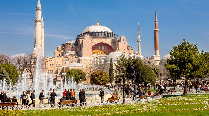 достопримечательность Айя-София в Стамбуле