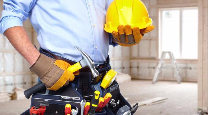 кваліфіковані фахівці на будівництві