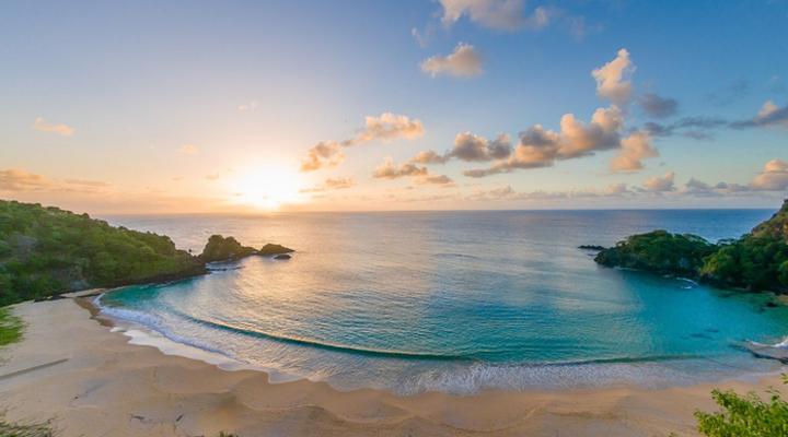 отдых на пляже Baia do Sancho