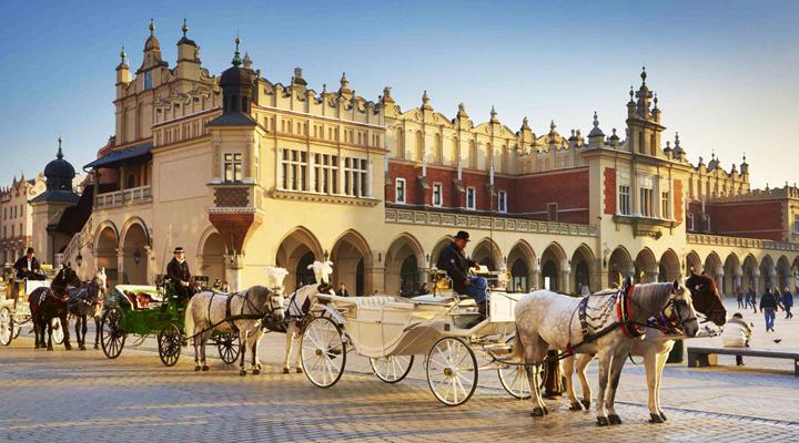 туристи в Польщі