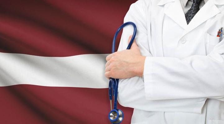 зарплата медиков в Латвии