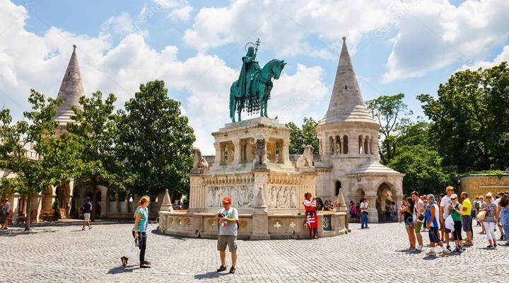 туристи в Будапешті