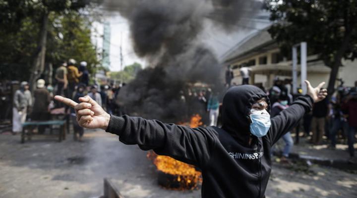 беспорядки в Индонезии после объявления результатов выборов