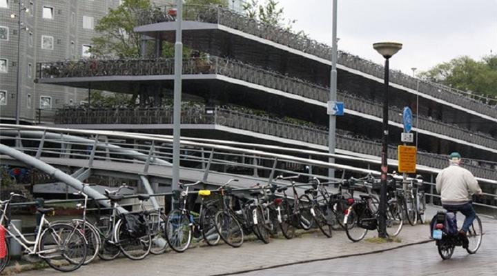 забастовка работников транспорта в Нидерландах