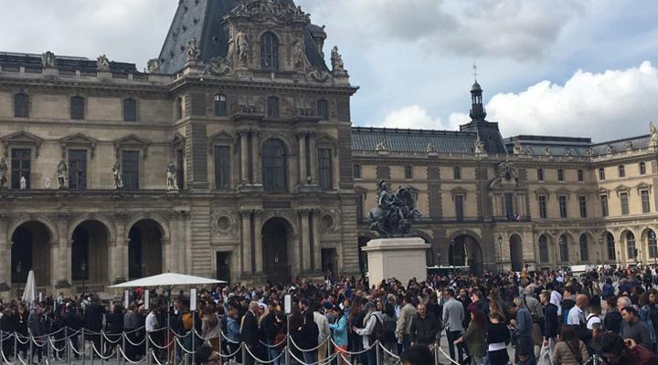 забастовка сотрудников Лувра