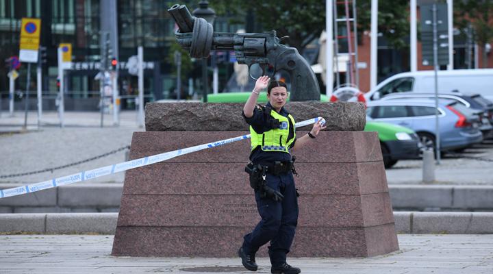 инцидеінцидент на станції в Мальмент на станции Мальмі
