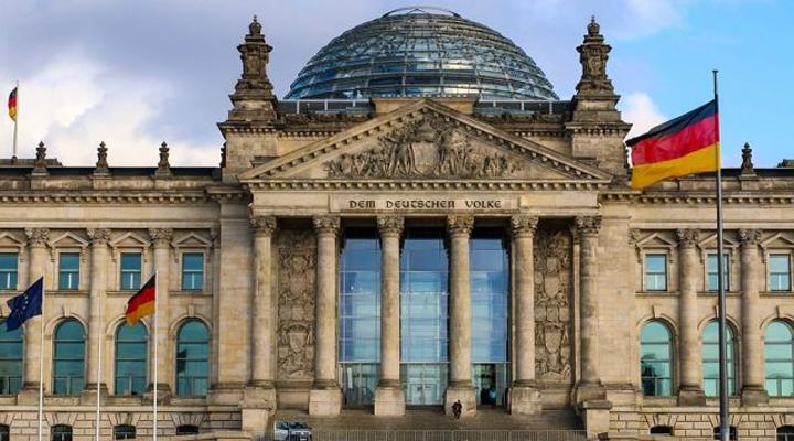 німецьким парламентом прийнятий закону про імміграцію