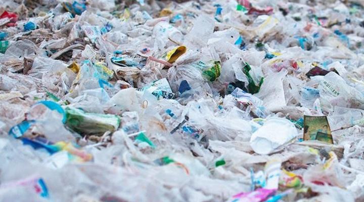 отказ от одноразового пластика в Канаде