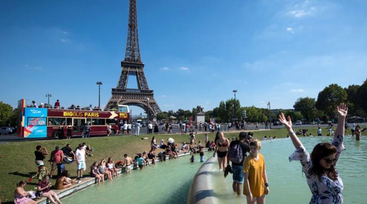 чрезвычайная климатическая ситуация в Париже
