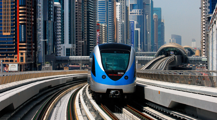 метрополітен в Дубаї
