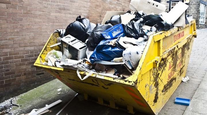 на вулицях Рима щодня залишається 300 тонн неприбраного сміття