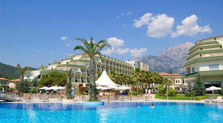 планується новий податок для туристів в Анталії