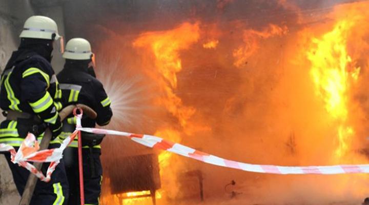 65 пожарных тушили пожар в отеле в Одессе
