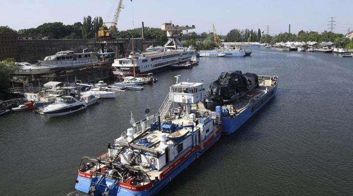 крушение круизного лайнера Hableana, затонувшего после столкновения с кораблем-отелем