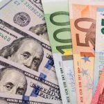 Украинцы смогут покупать валюту в кредит