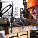 Польська промисловість не може обійтися без українських робітників