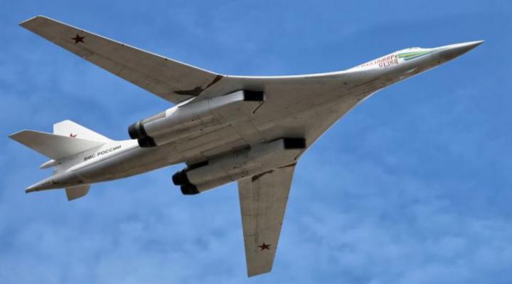 сверхзвуковой Ту-160