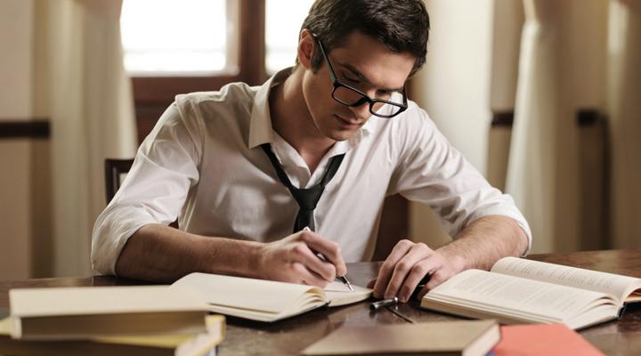 украинские студенты зарабатывают на курсовых работах