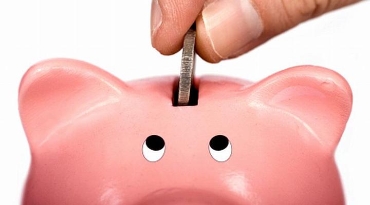 большинство украинцев не делают сбережения в банках