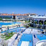 Туристов в турецкой Анталье стало еще больше