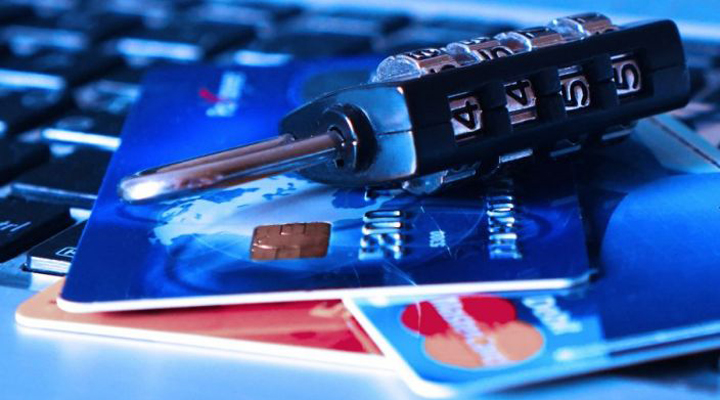 номери кредитних карт потрапили до чужих рук