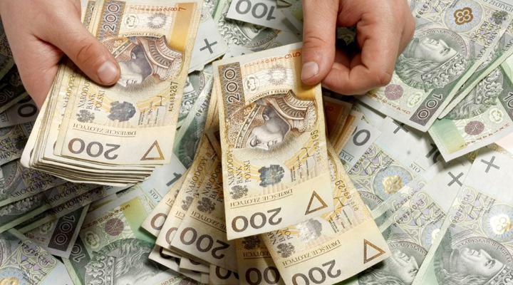 зростання мінімальної зарплати в Польщі