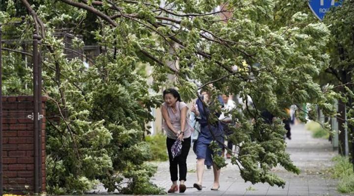тайфун обрушился на Японию