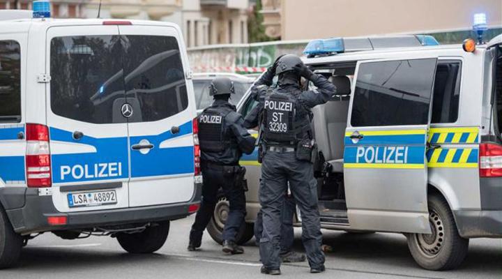 бельгийская полиция обнаружила 12 иммигрантов в рефрижераторе