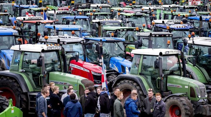 фермерский протест парализовал Гаагу