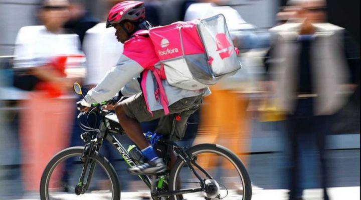 місцева поліція в Мілані зможе реквізувати велосипеди для доставки їжі, якщо вони не відповідають стандартам