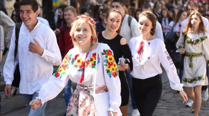 молодих українців звільнять від сплати податку на доходи