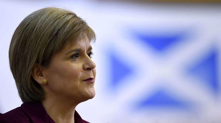 перший міністр Шотландії Нікола Стерджен заявила про проведення референдуму
