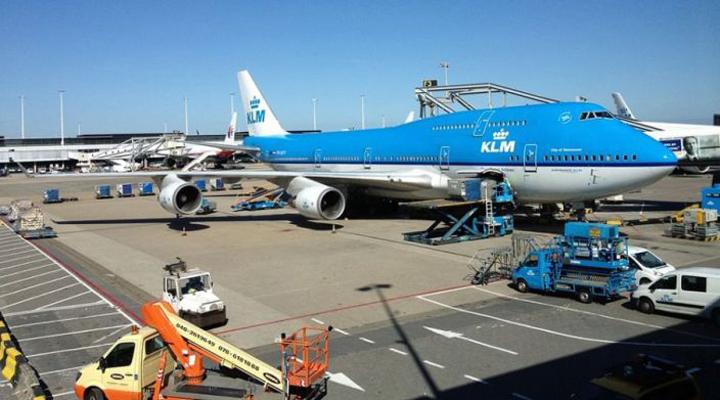 попередження авіалінії KLM