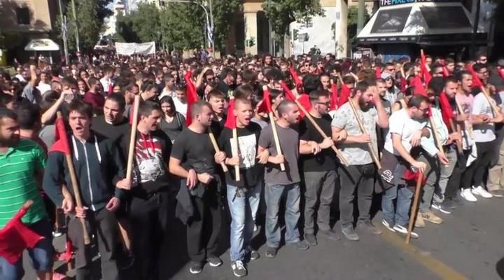 Протесты студентов в Греции из за реформ в бизнесе