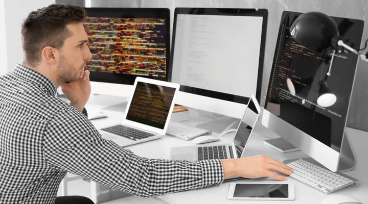 розробник програмного забезпечення - найбільш затребувана професія в США