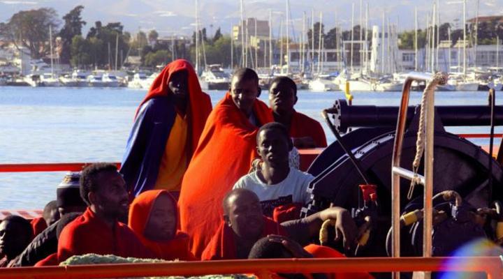 самая большая группа нелегальных иммигрантов в Португалии из стран Азии и Африки