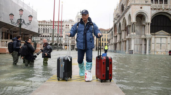 губернатор Венеции предупредил, что критическая ситуация сохранится как минимум до воскресенья