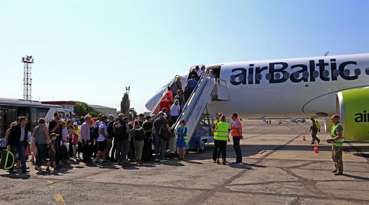 латвійська авіакомпанія airBaltic запустила масштабну розпродаж квитків