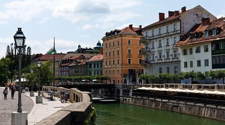 нова стратегія Словенії по залученню працівників