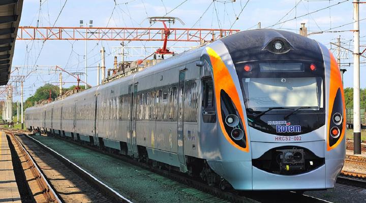 поїзд Львів-Перемишль курсуватиме щодня