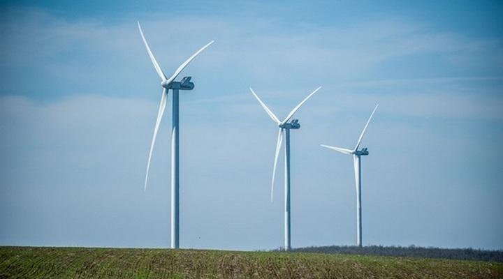 строительство крупнейшего ветропарка в Европе