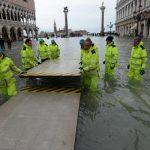 Вода заливает Венецию. Это третье наводнение за неделю