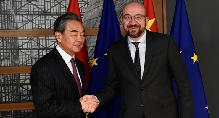 Министр иностранных дел Китая Ван И выступил в Брюсселе