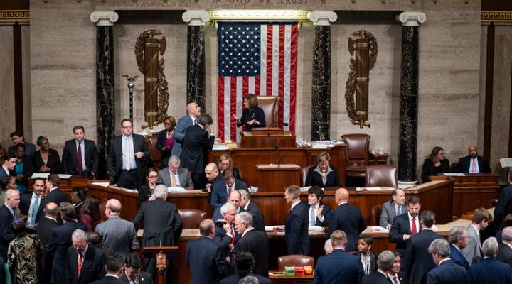 Палата представителей американского Конгресса проголосовала за импичмента президента Дональда Трампа