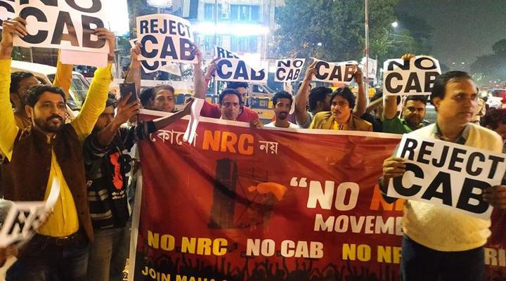 массовые протесты в Индии против нового закона о гражданстве